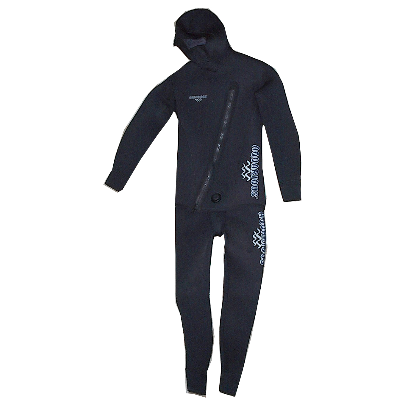 Wetsuit with zipper